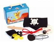 Set v kufírku pirát